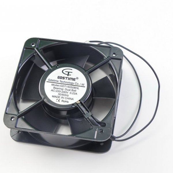 Осевой вентилятор корпусной 150х150x50мм 220Вольт